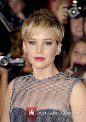 Jennifer Lawrence Raises Money For Hunger Games Crewmember Battling Cancer
