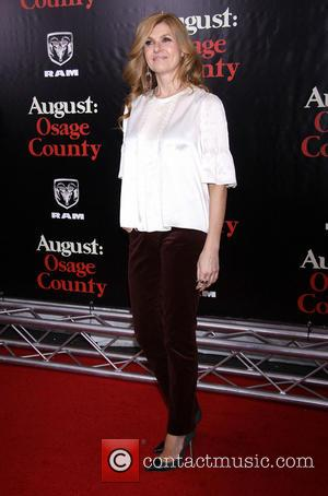 Connie Britton - The New York premiere of August: Osage County held at the Ziegfeld Theatre - Arrivals. - New...