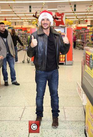 Peter Andre Welcomes Baby Girl With Girlfriend Emily Macdonagh