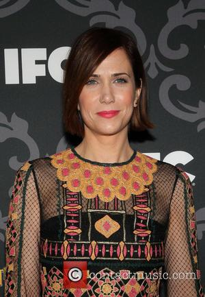 Kristen Wiig Set To Make Directorial Debut With Feminine Tristar Comedy