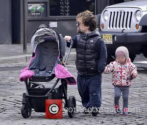 Peter Dinklage and Zelig Dinklage - Peter Dinklage walking with daughter Zelig on a mild day in Manhattan - New...