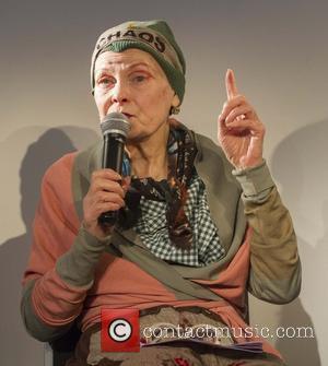 Vivienne Westwood - Vivienne Westwood speaks at the End Ecocide press conference hled on HMS President at Victoria Embankment -...