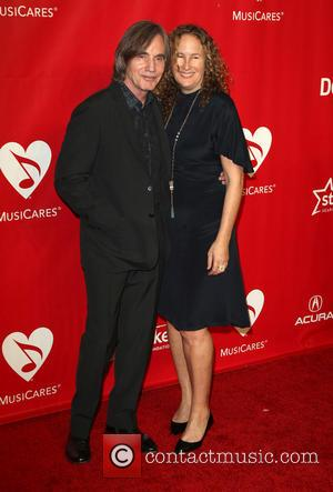 Dianna Cohen and Jackson Browne - 2014 MusiCares Person Of The Year Honoring Carole King At Los Angeles Convention Center...