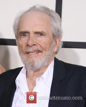 Merle Haggard Delays Tour As Pneumonia Battle Continues
