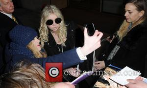 Taylor Momsen Hired Kids Choir For Hell Track