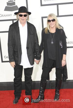 Neil & Pegi Young Separate After 36 Years - Divorce Papers Filed