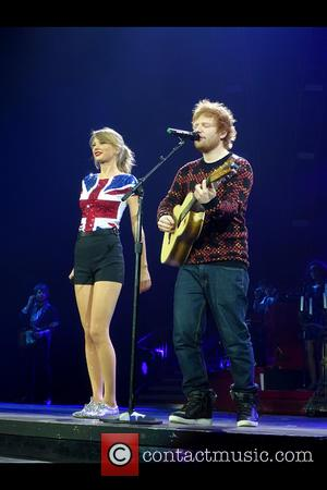 Taylor Swift Plays Impromptu Performance For U.s. Ambassador