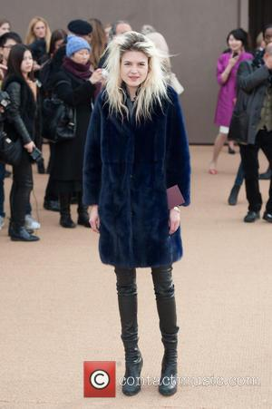 Alison Mosshart - LFW London Fashion Week: Burberry Prorsum A/W held at Kensington Gardens - Arrivals. - London, United Kingdom...