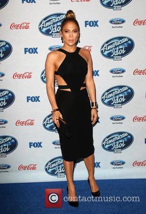 Jennifer Lopez Heading To Tv In Cop Drama
