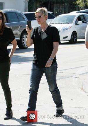 A Week In News: Ellen Degeneres' Oscars Selfie, John Travolta's Flub And Katy Perry Brings The Sunshine