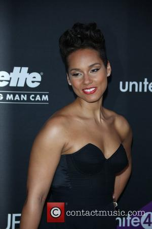 Alicia Keys & Swizz Beatz Vacation With His Ex-wife Mashonda