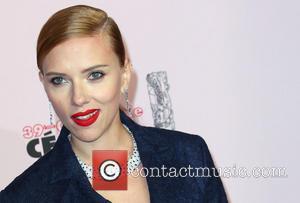 Scarlett Johansson And Fiance Romain Dauriac Announce Pregnancy