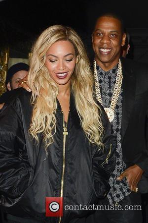 Beyonce - Beyonce and Jay Z leaving Mason House