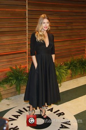 Doutzen Kroes - Celebrities attend 2014 Vanity Fair Oscar Party at Sunset Plaza. - Los Angeles, United States - Sunday...