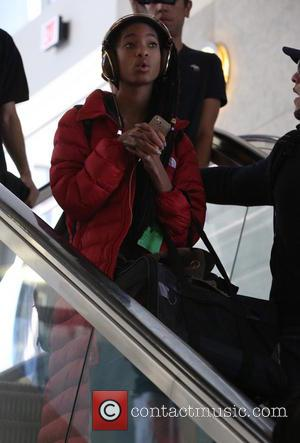 Jada Smith Reacts To Controversial Photo Of Her Daughter, Willow, And Moises Arias