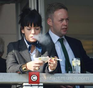 Lily Allen Left In The Doghouse With Jay Z's Security Team