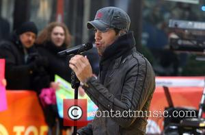 Enrique Iglesias - Enrique Iglesias performs on NBC's 'Today' show at Rockefeller Plaza - NYC, New York, United States -...