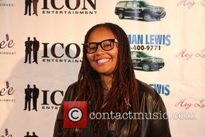 lalah hathaway - Luenell's Birthday Party at RnB Live - Arrivals - Los Angeles, California, United States - Thursday 20th...