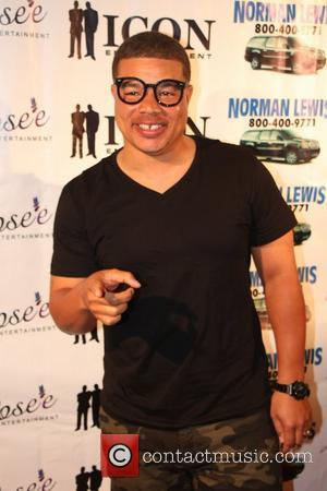 red grant - Luenell's Birthday Party at RnB Live - Arrivals - Los Angeles, California, United States - Thursday 20th...