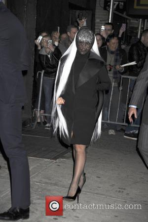 Lady Gaga Vows To Hunt Down Internet Bullies