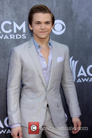Hunter Hayes Breaks World Record With 24-Hour Tour