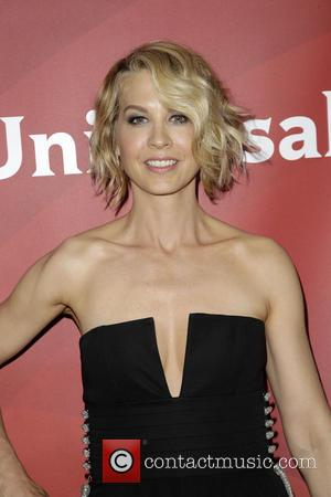 Jenna Elfman - NBCUniversal's Summer Press Day - Arrivals - Los Angeles, California, United States - Tuesday 8th April 2014