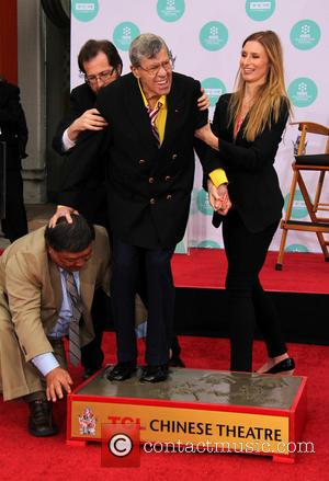 Jerry Lewis - Jerry Lewis' Hand and Footprint Ceremony at TCL Chinese Theatre IMAX - Los Angeles, California, United States...