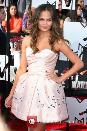 Chrissy Teigen - MTV Movie Awards 2014 Arrivals