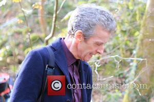 "Peter Capaldi On Doctor Who: ""No Flirting"" But ""We Still Blow A Lot Of S**T Up"""