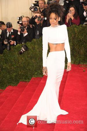 Instagram Explain Reason For Pulling Rihanna's Account Offline