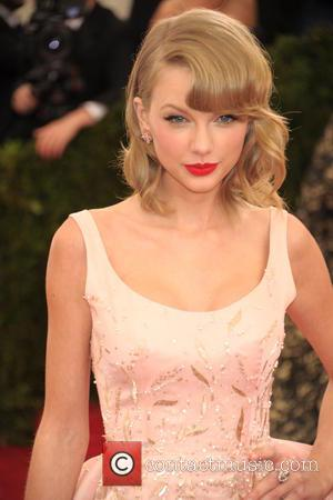 Taylor Swift - Beyond Fashion Costume Institute Gala at the...