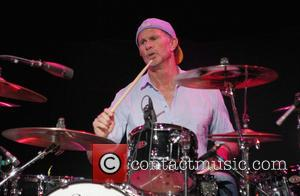 Chad Smith - 2014 MusiCares MAP Fund Benefit Concert - Arrivals - Los Angeles, California, United States - Monday 12th...