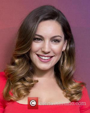 Kelly Brook Married? Star Teases Fans With Unexpected Tweet