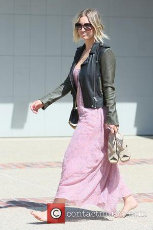 Kaley Cuoco Braves The Chop With Cute Pixie Hairdo