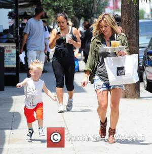 Hilary Duff and Luca Cruz Comrie - Hilary Duff, with iced tea in hand, leaves lunch at Joan's On Third...