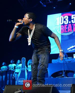 Meek Mill Booed By Drake's Hometown Crowd In Toronto