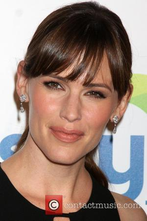 Jennifer Garner - 5th Annual Thirst Gala hosted by Jennifer Garner in partnership with Skyo and Relativity's \Earth To Echo\...