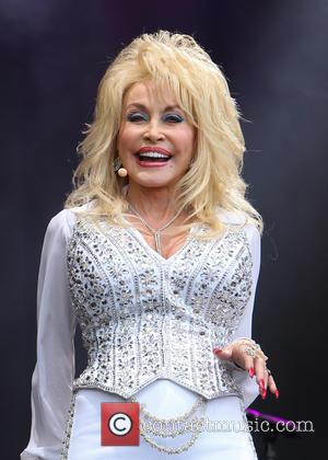 Was Dolly Parton Really Miming At Glastonbury?