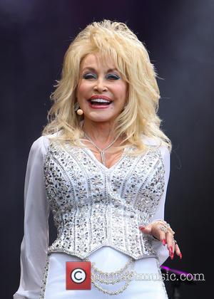 Was Dolly Parton Really Miming At Glastonbury?