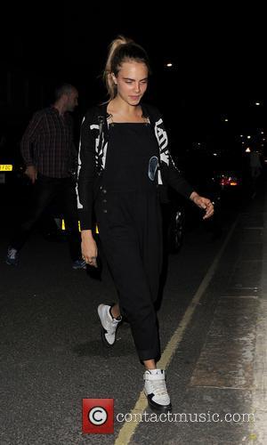 Cara Delevingne - Cara Delevingne arrives home after attending the Club Monaco garden party. - London, United Kingdom - Friday...