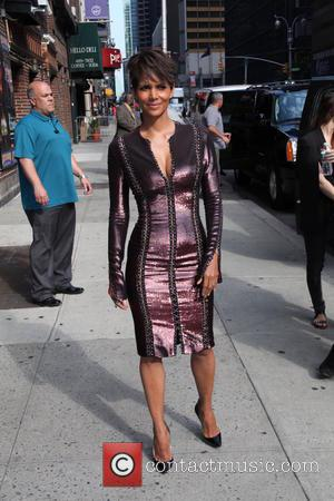 Halle Berry - Halle Berry leaves the Late Show with David Letterman - New York City, New York, United States...