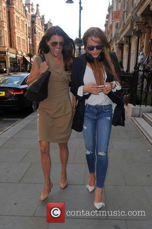 Lindsay Lohan Reunites With Mean Girls Co-star Tina Fey