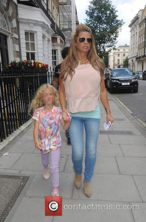 Katie Price and Princess Tiaamii - Katie Price and her daughter Pincess Tiaammi leaving a clinic on Harley Street -...