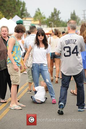 Selma Blair and Arthur Saint Bleick - Selma Blair does an outfit change at the farmers market with her son...