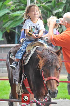 Arthur Bleick - Selma Blair and her son Arthur Bleick visit a local petting zoo in Studio Cty - Los...