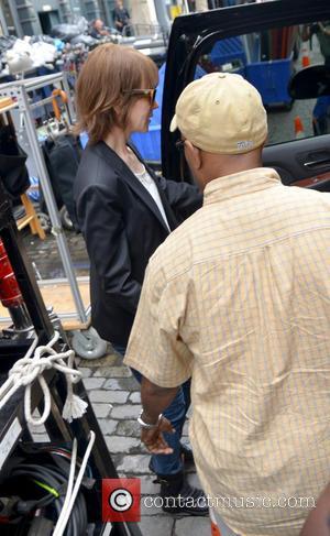 Nicole Kidman - Nicole Kidman on the set of her upcoming film 'The Family Fang' - Manhattan, New York, United...