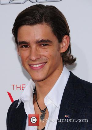 Who Is The Young Actor Brenton Thwaites?