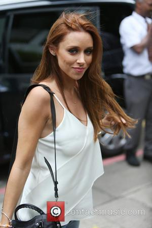 Una Foden Battling Broken Toe For Splash!