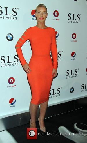 Iggy Azalea - SLS Las Vegas Grand Opening Celebration - Arrivals - Las Vegas, Nevada, United States - Friday 22nd...