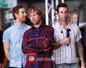 Jesse Carmichael, Ryan Dusick, Adam Levine and Maroon 5